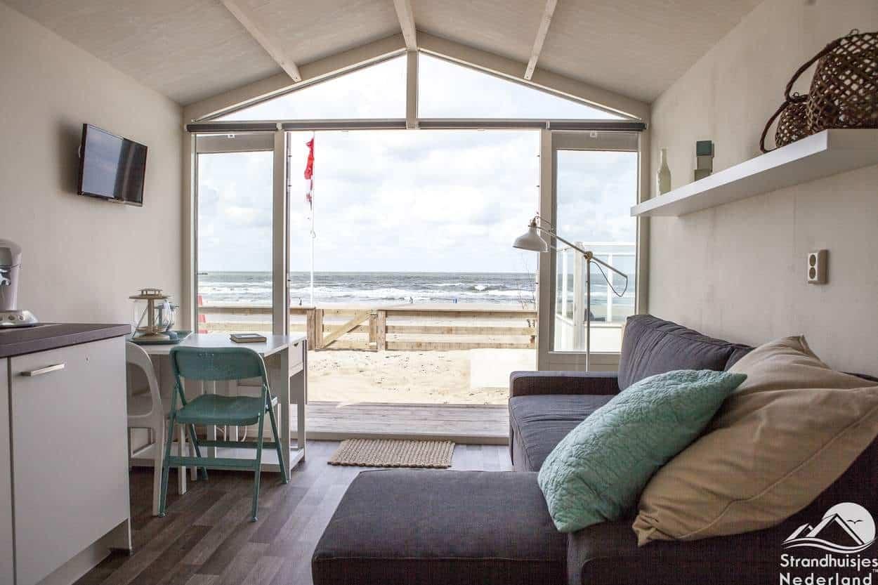 Uitzicht-huisje-aan-zee-Wijk-aan-Zee