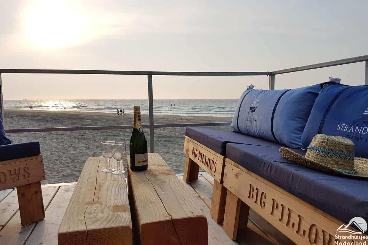 Strandterras-strandhuisje-Nieuwvliet-Bad