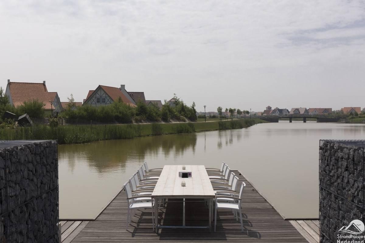 Eettafel-vakantiepark-Cadzand-Bad-1