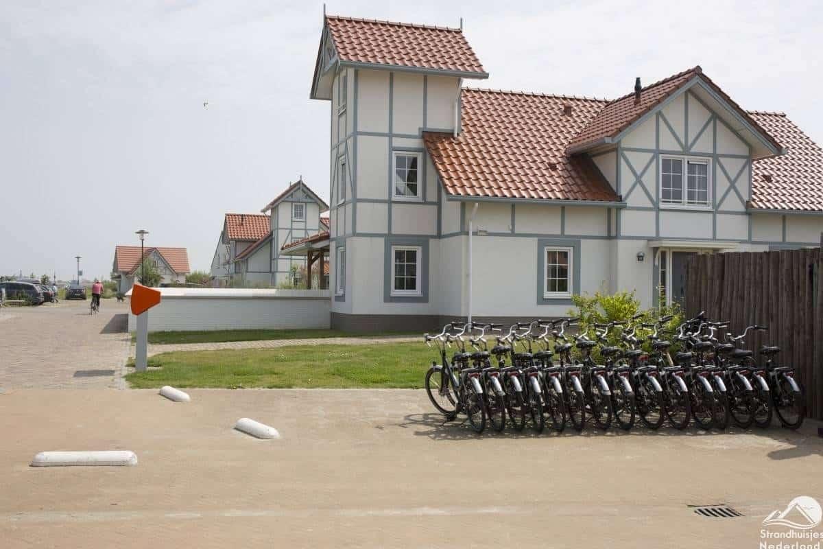 fiets-verhuur-vakantiepark-Cadzand-Bad-1
