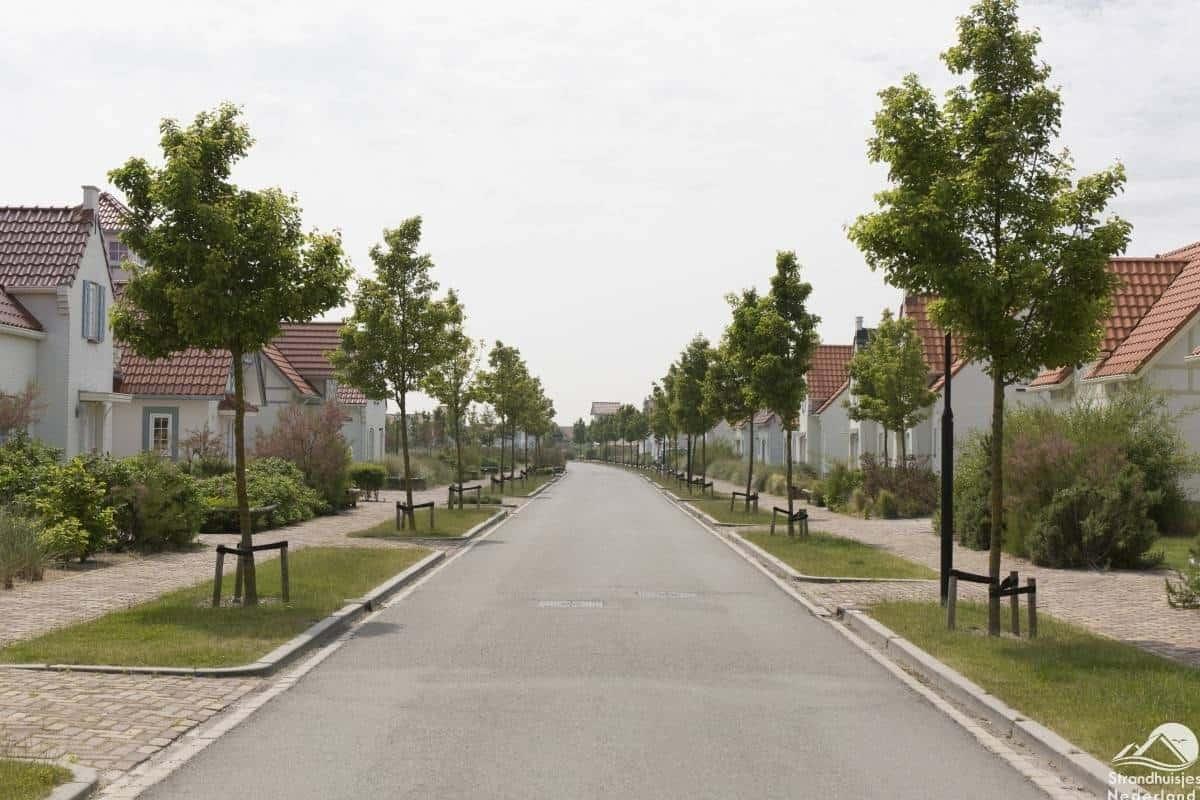 straat-vakantiepark-Cadzand-Bad-1