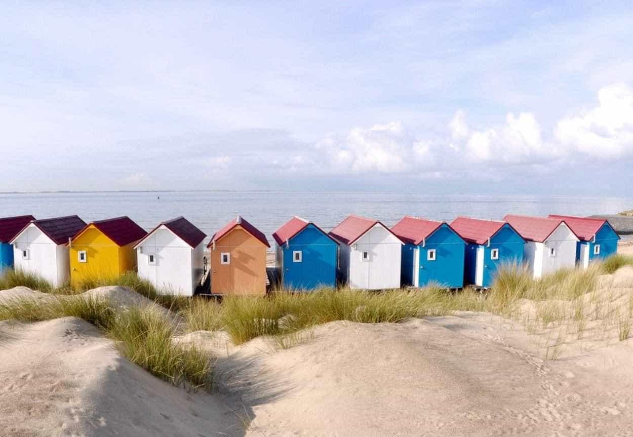 Gekleurde strandhuisjes Vlissingen Zeeland