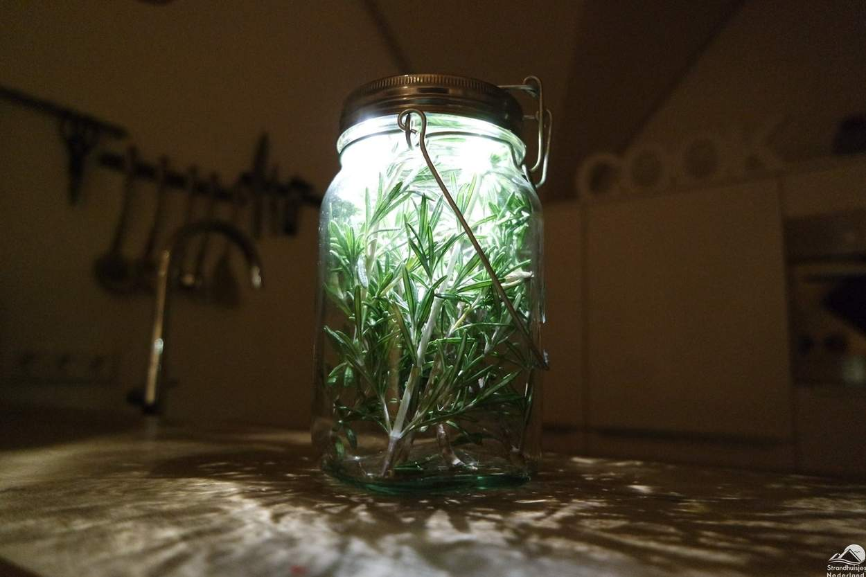 consol-solar-jar-met-kruiden