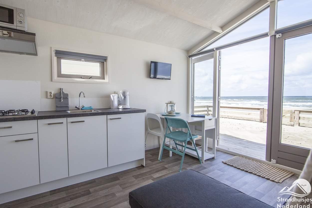 uitzicht-strandhuisje-Wijk-aan-Zee