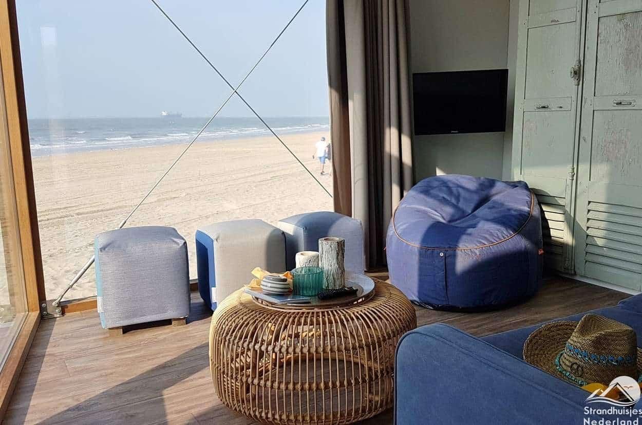 Woonruimte-strandhuisje-Nieuwvliet