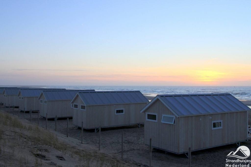 Den Haager Strandhäuser Sonnenuntergang