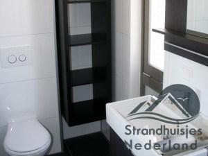 badkamer huisje aan zee Hoek van Holland