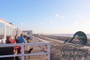 strandpaviljoen bij de strandhuisjes