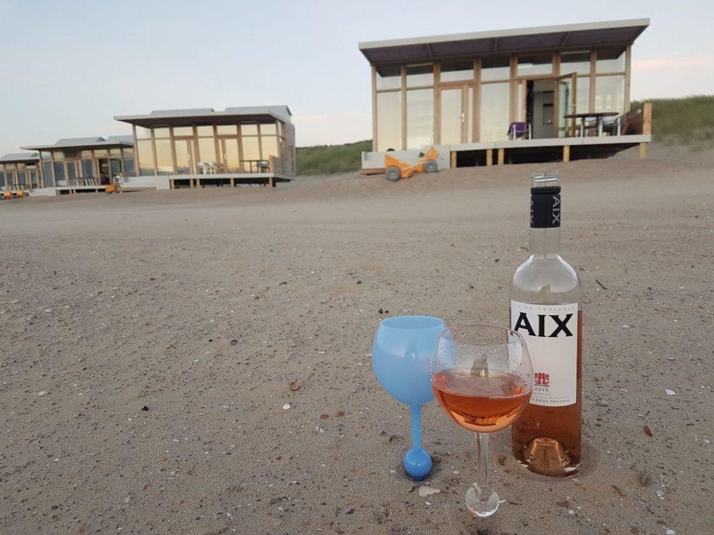 strandglazen voor strandhuisjes Cadzand-Bad