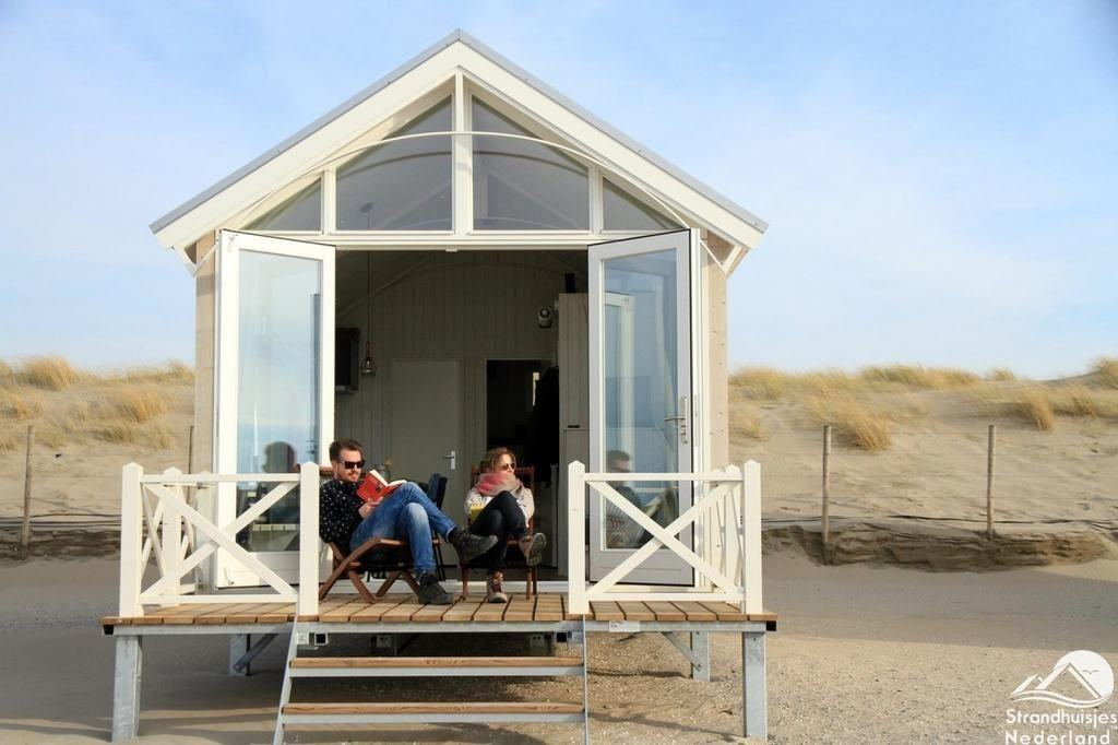 Den Haager STrandhaus am Meer