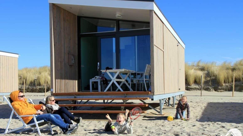 strandhuisjes nederland cadzand hoek van holland kamperland zeeland kijkduin julianadorp. Black Bedroom Furniture Sets. Home Design Ideas