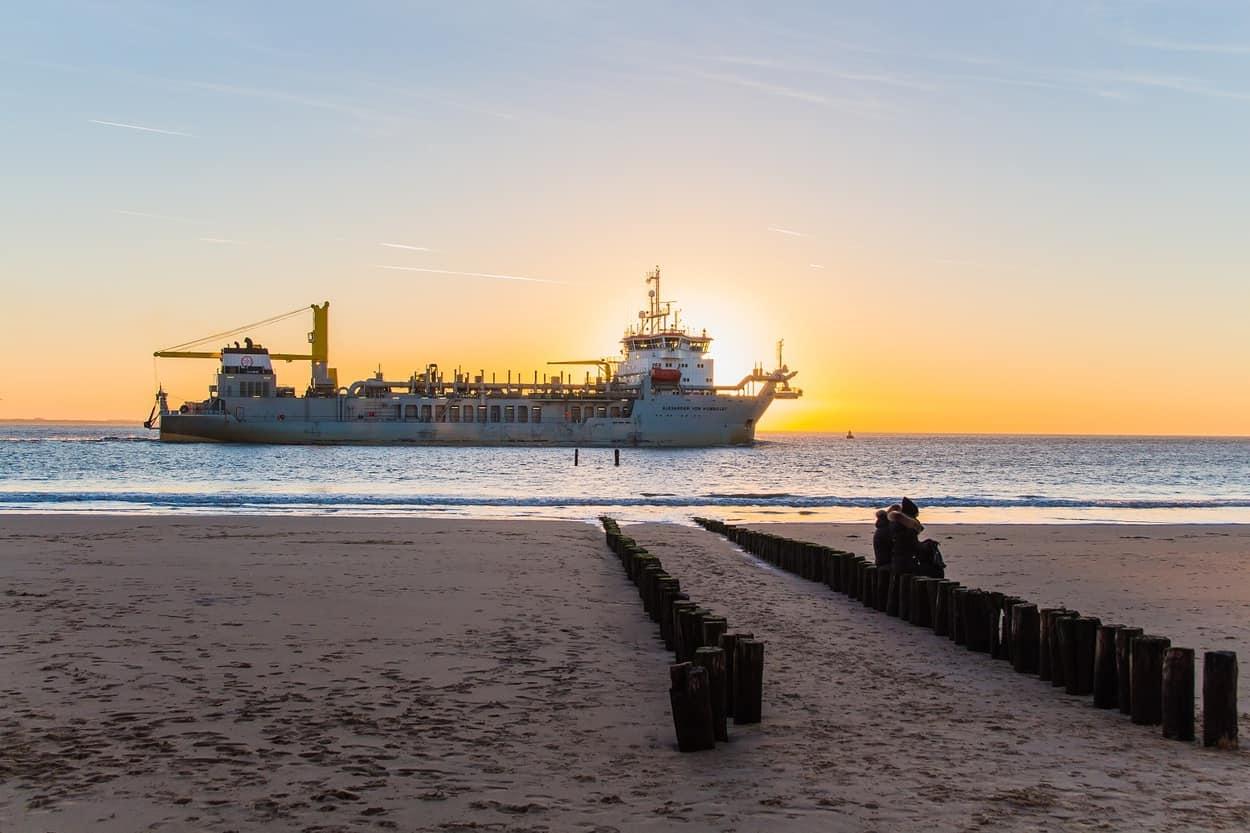 Zonsondergang strand Vlissingen