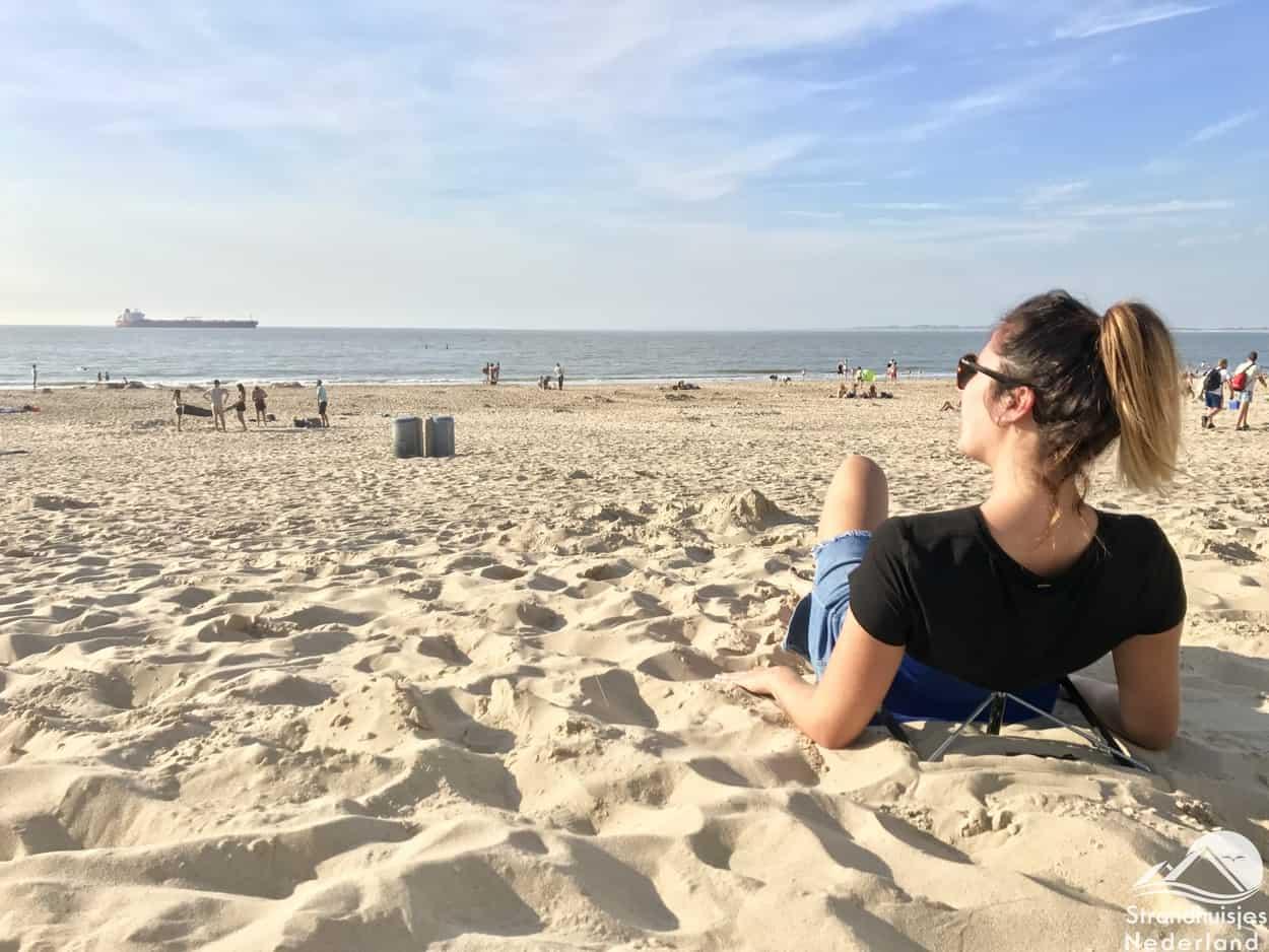 Y-ply - handig stoeltje voor op het strand (2)