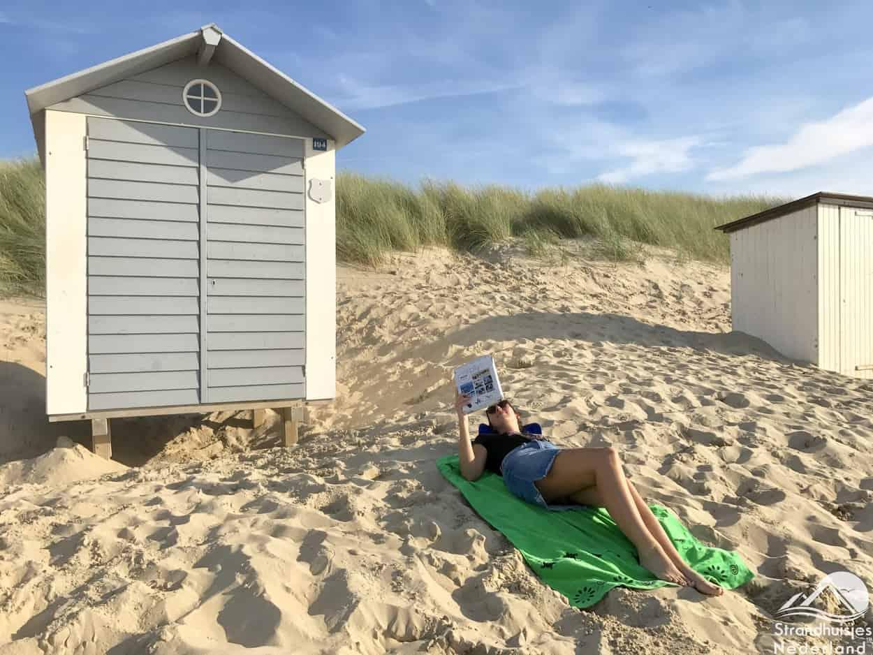 Y-ply - handig stoeltje voor op het strand (3)