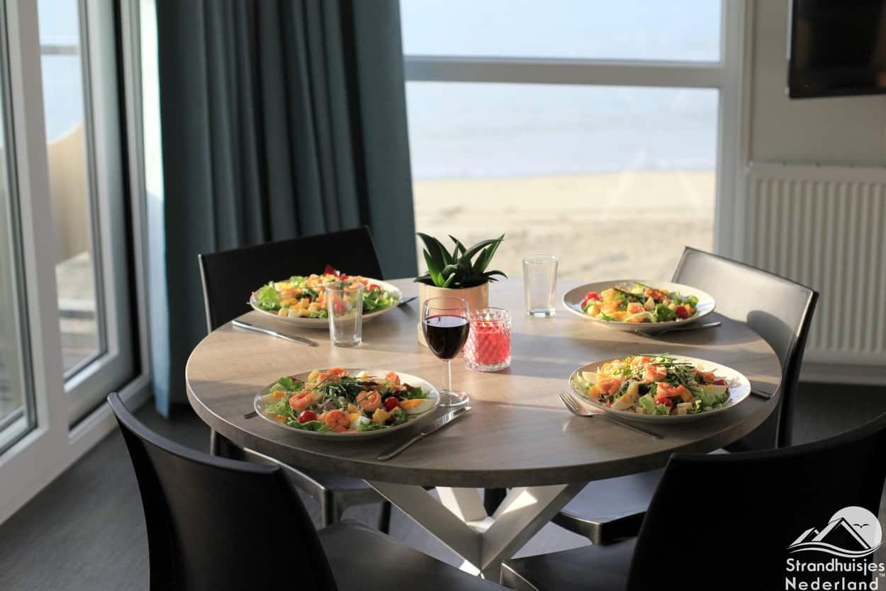 Gutes Essen in einem Strandhaus in Kamperland